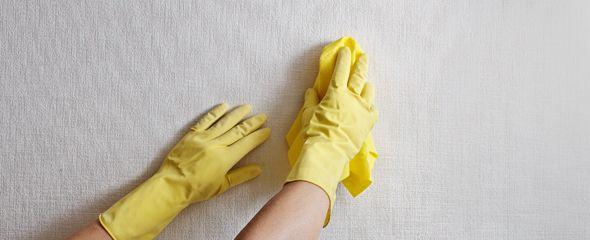 Как мыть виниловые обойные полотна?