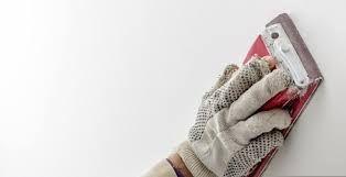 Трещины в штукатурке: что делать и как удалить?