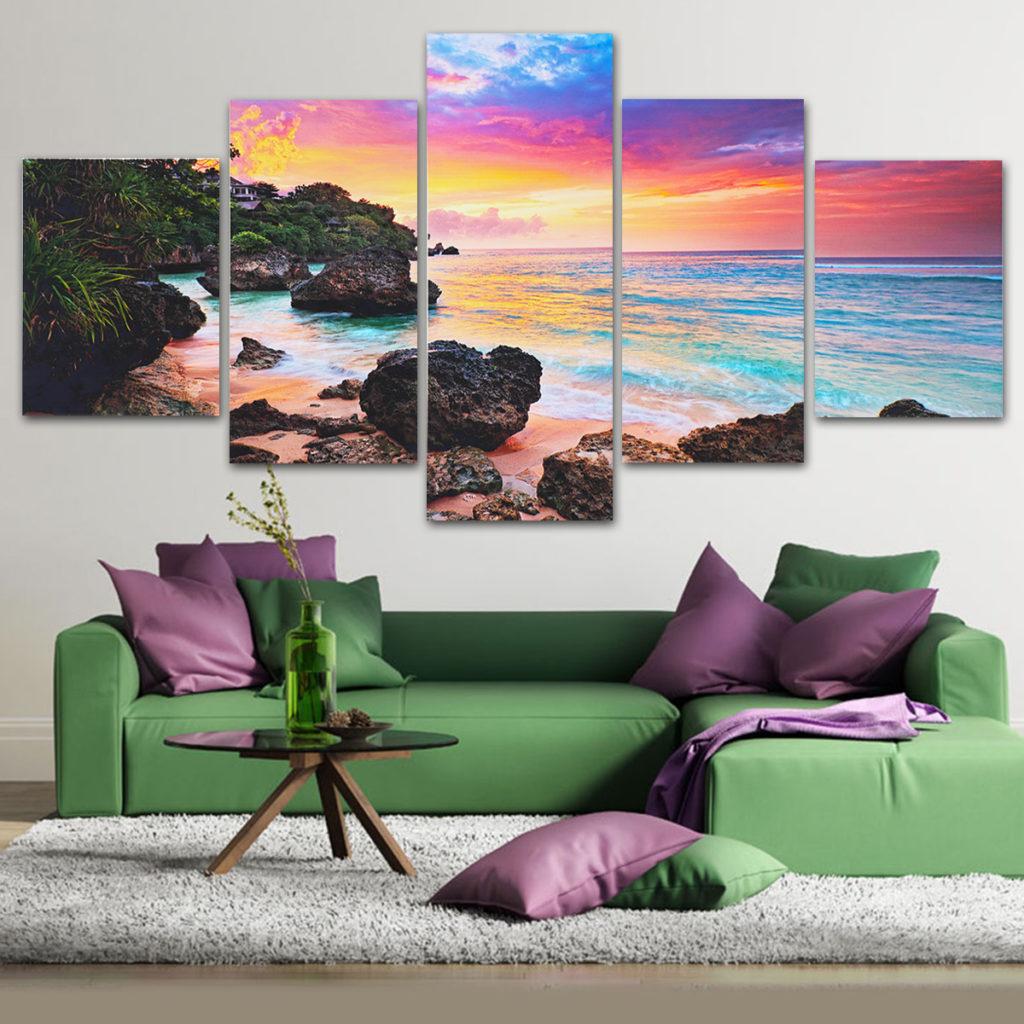 Вешаем картину на стену